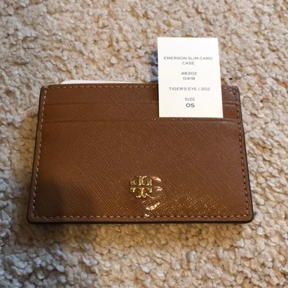 64c752ea6f838 Tory Burch Emerson slim card case